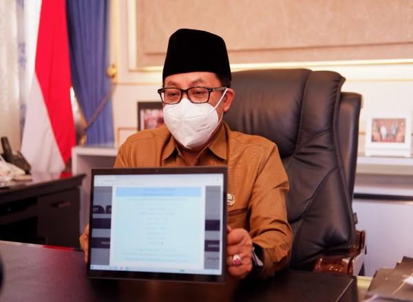 Walikota Malang, Sutiaji usia melakukan laporan SPT Tahunan melalui smartphone (Ist)