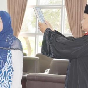 Wakil Dekan Bidang Akademik FKIK UIN Malang Jadi Guru Besar Termuda