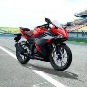 Honda Resmi Luncurkan 3 Motor Sekaligus, CBR600RR, CBR150R dan CBR250RR SP Tricolor, Harganya...