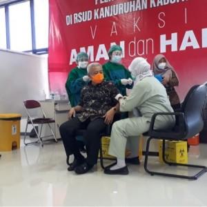 Jalani Vaksinasi Covid-19, Begini Cara Bupati Malang Terpilih Jaga Imun di Tengah Pandemi