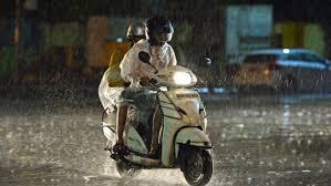 Pengendara motor (Foto:  Hipwee)