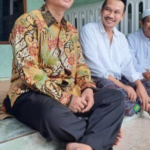 Puisi Prof Abdul Haris Untuk Gus Baha, Berharap Tak Terseret Politik