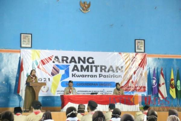Wakil Bupati Lumajng dalam kegiatan Pramuka di Pasriaian (Foto : Moch. R. Abdul Fatah / Jatim TIMES)