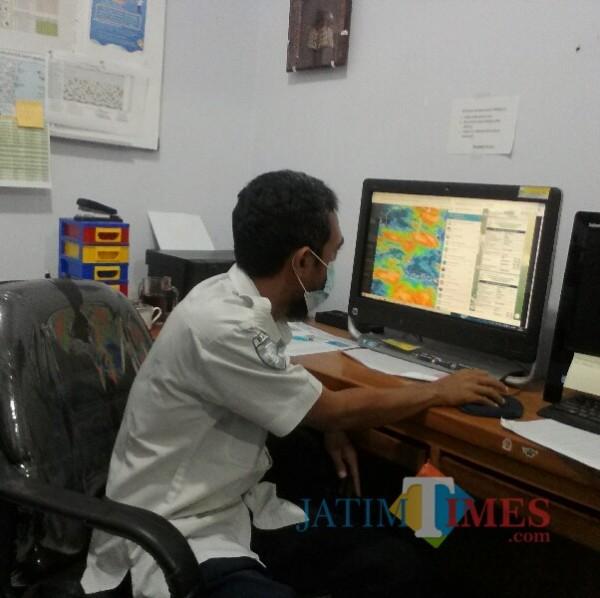 Anjar Triyono Hadi, Prakirawan Cuaca BMKG Banyuwangi Nurhadi Banyuwangi Jatim Times