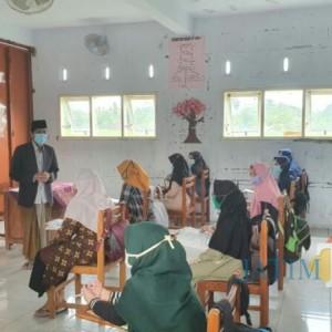 Sosialisasi Santri Bermasker, Kapolres Lumajang Kunjungi Ponpes Kyai Syarifuddin