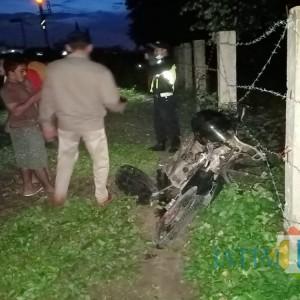Petaka Perlintasan KAI Tanpa Palang Pintu, Penjual Kerupuk di Jombang Jadi Korban