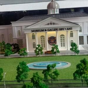Museum SBY-Ani Tuai Polemik, Hastag #9MiliarAmbyar Menggema di Twitter