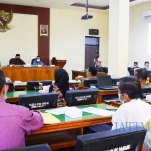 Tunggu Hasil Audit Independen, Pansus II DPRD Trenggalek Tunda Pembahasan Merger Bank
