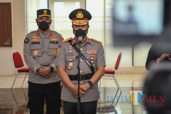 Kapolri Jenderal Listyo Sigit Prabowo resmi melantik Irjen Paulus Waterpauw sebagai Kepala Badan Intelijen dan Keamanan (Kabaintelkam) Polri