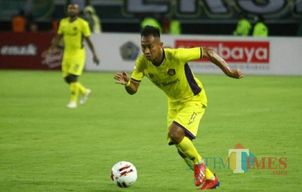 Persik Kediri saat bertanding di stadion Brawijaya. (ist)