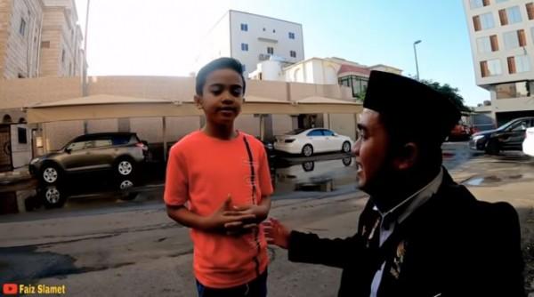 Bocah umur 8 tahun jadi miliarder (Foto: YouTube Faiz Slamet)
