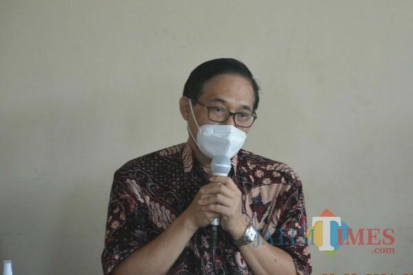 Wakil Kepala BPIP RI Prof. Hariyono saat memaparkan materi di Desa Sedayugunung. (Foto: Muhsin/TulungagungTimes)