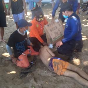 Sempat Terseret Arus, 2 Remaja yang Tenggelam di Pantai Balekambang Selamat