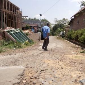Dinas PU Bina Marga Tak Bisa Atasi Jalan Rusak, Ini Kata Bupati Sanusi