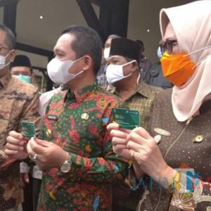 Lumajang Launching Kartu Lumajang Mengaji untuk Guru Ngaji