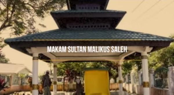 Makam-Sultan-Malikul-Saleh8f6206dc6e7f9d76.jpg