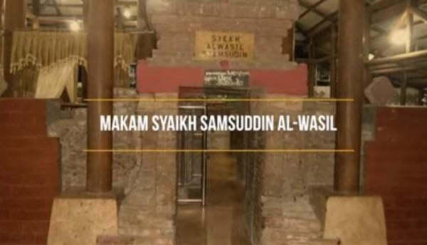 Makam-Syekh-Samsuddin-Al-Wasilcaca3a46767ff277.jpg