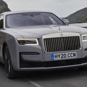 """Penampakan Mobil Sultan """"Rolls-Royce New Ghost"""", Miliki Arsitektur Baru yang Mewah"""