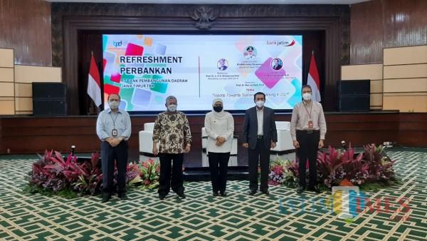 Acara Refreshment Perbankan 2021 PT Bank Pembangunan Daerah Jawa Timur