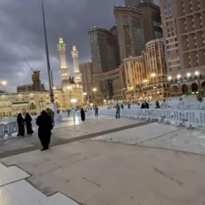 Suasana Detik-detik Azan Magrib di Masjidil Haram, Pelataran Masjid Bebas dari Debu
