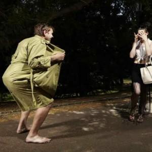 Aksi Pamer Kelamin Bisa Diatasi, Ini Kata Psikolog