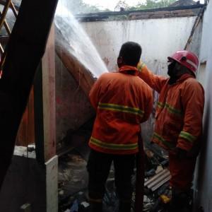 Dua Rumah di Kabupaten Malang Terbakar Dipicu Korsleting Listrik dan Lupa Matikan Kompor