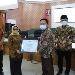 Bupati Jombang Beri Apresiasi 5 OPD dengan Capaian Kinerja Terbaik