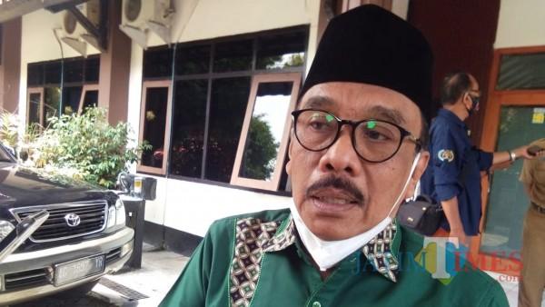 Ketua DPRD Trenggalek Samsul Anam usai sambut perwakilan pedagang pasar