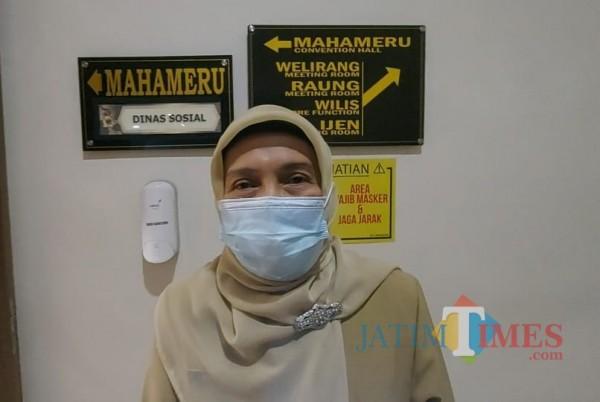 Kepala Dinsos-P3AP2KB Penny Indriani (foto: Tubagus Achmad/MalangTIMES)