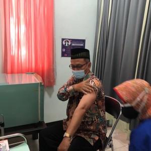Persiapkan Kuliah Tatap Muka, Pegawai UIN Malang Jalani Vaksinasi Tahap Kedua