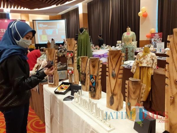 Salah satu produk UMKM lokal Kota Malang yang diikutkan dalam pameran. (Arifina Cahyanti Firdausi/MalangTIMES).
