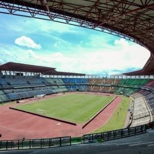 Gelora Bung Tomo, Stadion Mewah Ratusan Miliar yang Unfaedah