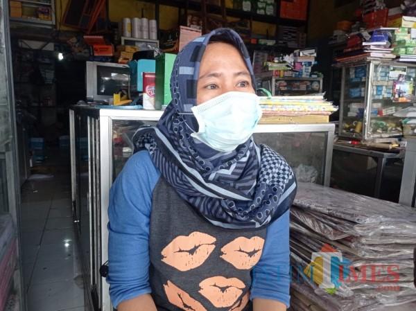 Ida Mulyani, istri bos ATK di Jalan A Yani, Kecamatan Turen, Kabupaten Malang (Hendra Saputra/MalangTIMES)