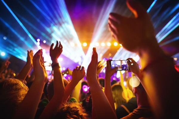 Ilustrasi konser musik. (Foto: iStock)