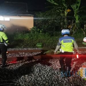 Tengkurap di Atas Rel, Pria Asal Trenggalek Tewas Terlindas Kereta Api