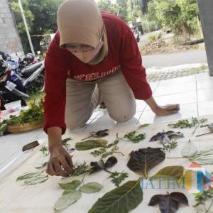 Gaya Fashion Baru Batik Ecoprint Mulai Banjir Peminat