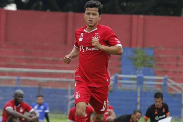 Squad Tim Persik Kediri ketika berlatih di Stadion Brawijaya Kediri, Jatim . (Foto: Ist)