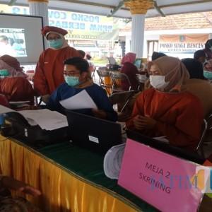 BLUD Puskesmas Mayangan Lakukan Vaksinasi Dengan Dipantau Presiden Jokowi Secara Virtual