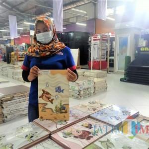 Keramik Dinding Motif Kartun dari Graha Bangunan, Bikin Anak Survive Berada di Rumah