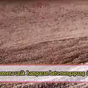 Dekat dengan Indonesia, Laut Tiba-tiba Menjadi Padang Batu