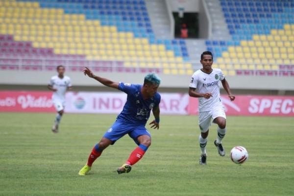 Pertandingan Arema FC melawan Persikabo di Stadion Manahan, Solo, Jawa Tengah, Minggu, (21/3/2021) kemarin lalu, (foto: istimewa)