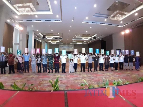 Suasana acara Musrenbang RKPD Kota Malang tahun 2022 yang digelar Bappeda Kota Malang di Savana Hotel, Rabu (24/3/2021). (Arifina Cahyanti Firdausi/MalangTIMES).