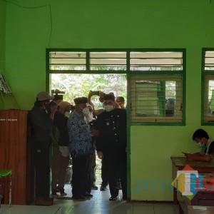 Bupati Kediri Mas Bup Tinjau Pelaksanaan Ujian Sekolah Tatap Muka