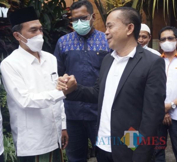 Keliling-Malang-Ketua-DPW-PKS-Jatim-Bagikan-Bantuan-ke-Kampung-Berprestasi-2874d494665e91f60.jpg