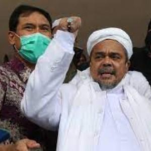 Situasi Penjemputan Habib Rizieq di Bareskrim Polri Jelang Sidang Eksepsi Offline