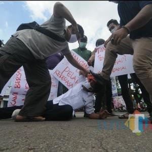 Aksi Solidaritas, Wartawan di Pamekasan Kecam Kekerasan terhadap Jurnalis