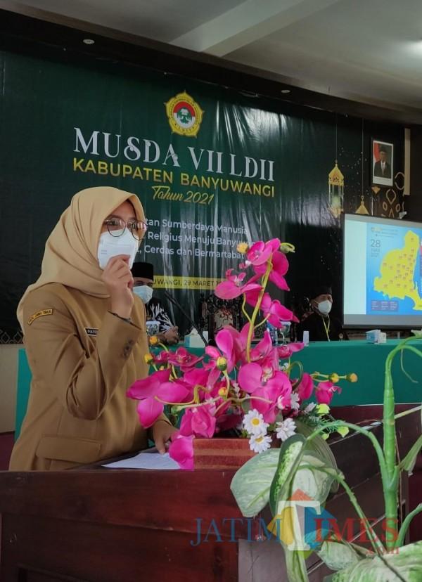 Bupati Banyuwangi Ipuk Festiandani Azwar Anas membuka MUSDA VII LDII Banyuwangi di gedung UNIBA