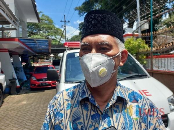 Pengasuh Pondok Pesantren Bahrul Magfiroh Malang Prof Dr Ir Muhammad Bisri MS saat ditemui MalangTIMES.com, Senin (29/3/2021). (Foto: Tubagus Achmad/MalangTIMES)
