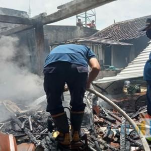 Gegara Baju, 3 Motor dan Rumah di Tulungagung Ludes Terbakar
