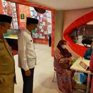 Sebanyak 169 Calon Jamaah Haji Kota Batu Divaksinasi
